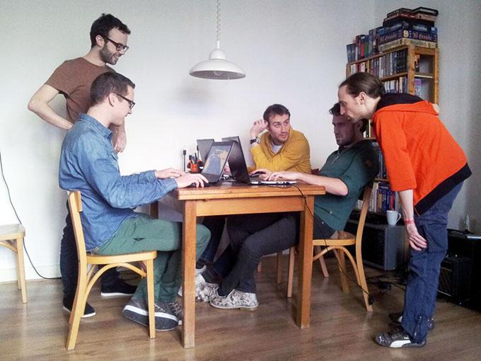 Caromble team working